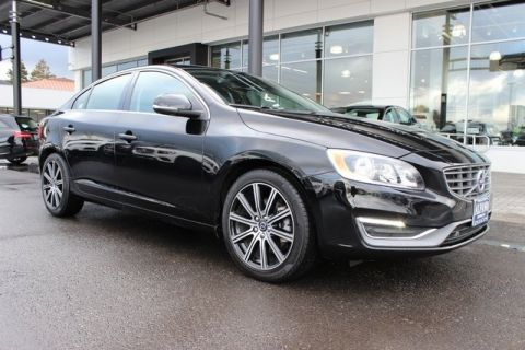 Pre-Owned 2018 Volvo S60 Inscription T5
